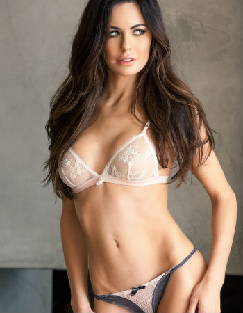 Long legs escorts in Delhi